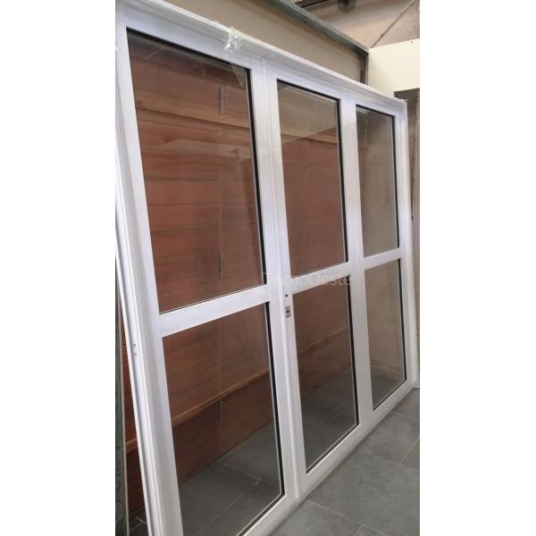 Porton Aluminio blanco Vidro Entero 240x200 cm