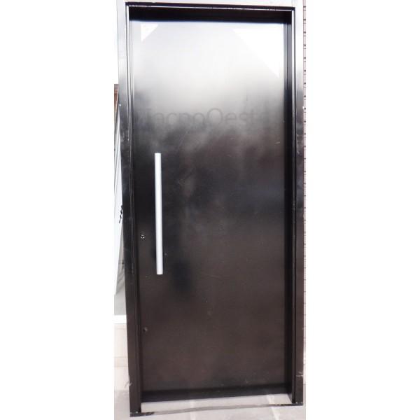 Puerta seguridad bunker con cerrojo 100 chapa 18 Puertas de seguridad