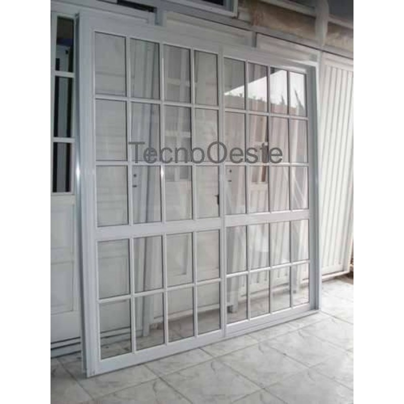Puerta de aluminio con vidrio puerta aluminio y vidrio con for Puertas corredizas revit