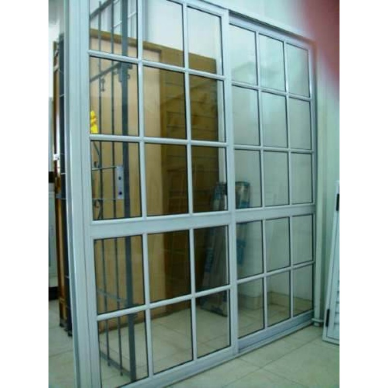 Puerta ventana balc n 200x200 vidrio repartido for Puerta balcon pvc