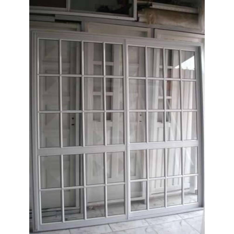 Puerta ventana balc n 200x200 vidrio repartido for Puerta ventana de aluminio corrediza