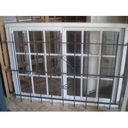 ventana aluminio blanco vidrio repartido x con vidrio y re